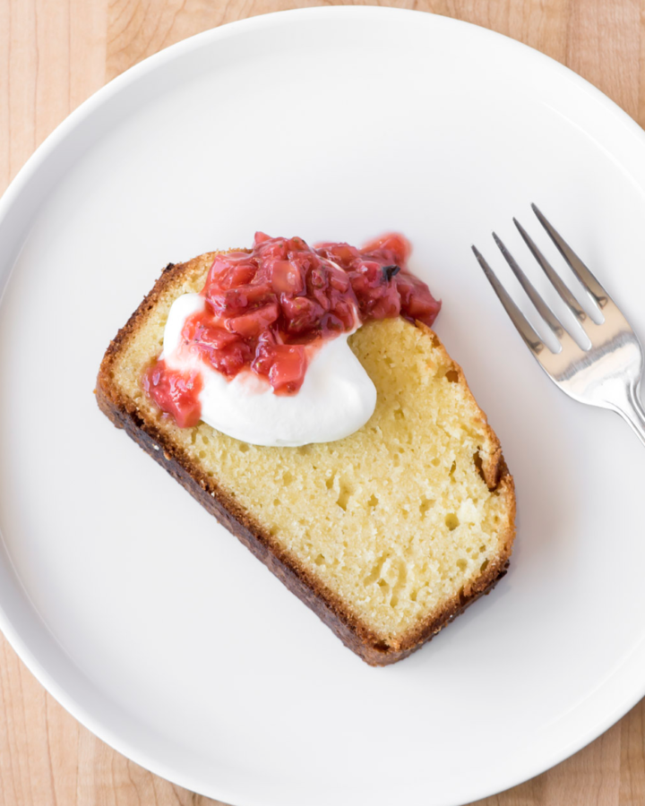 pound cake with roasted strawberry fennel compote