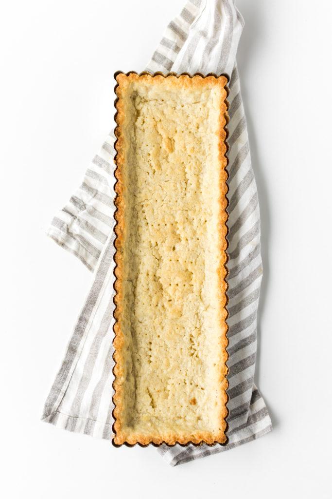 baked shortbread shell