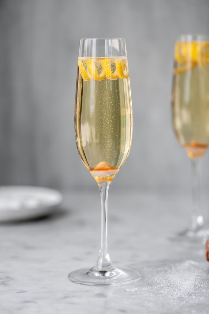 easy champagne cocktail