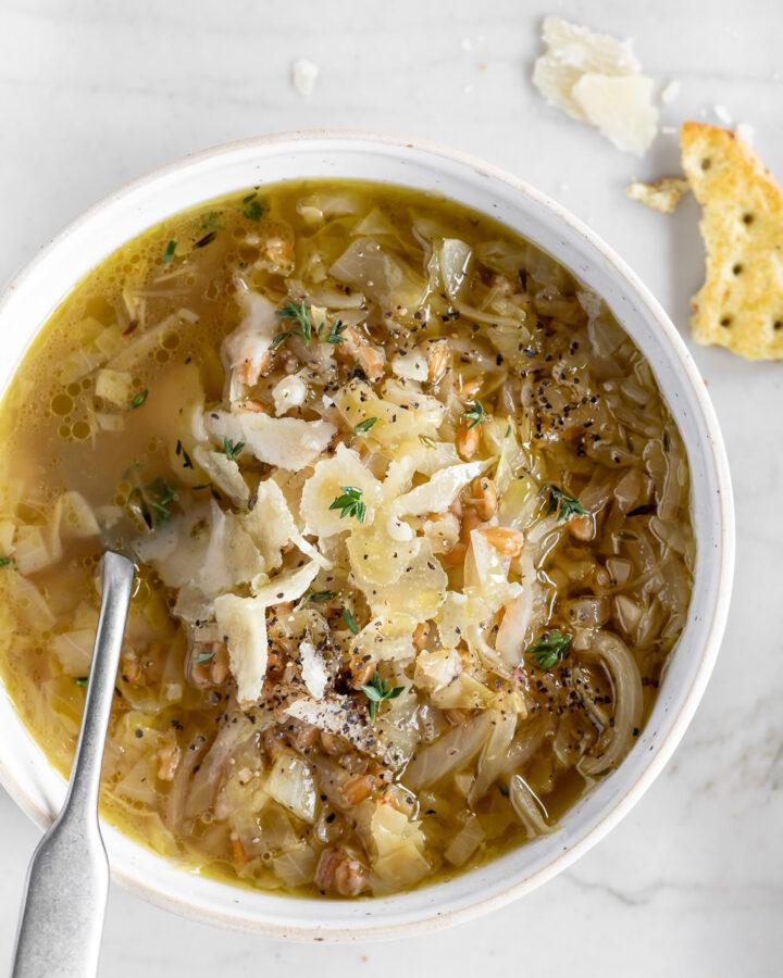 cabbage farro soup