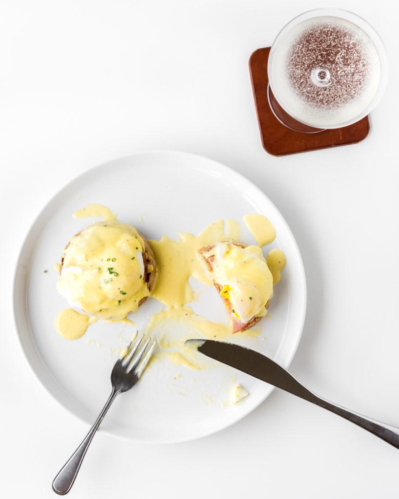 easiest eggs benedict recipe-- withspice seasonal food blog
