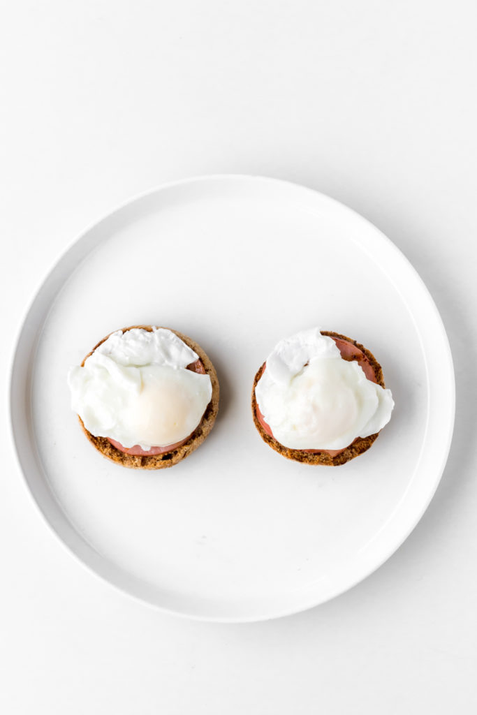 how to poach eggs for brunch recipes