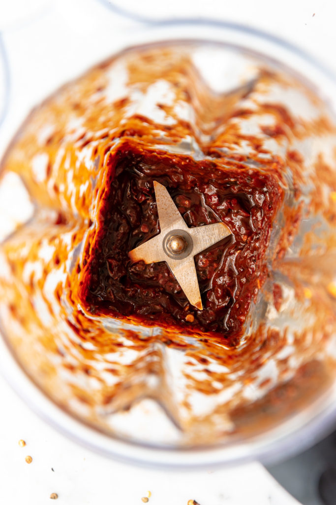 making spicy dried red chile salsa