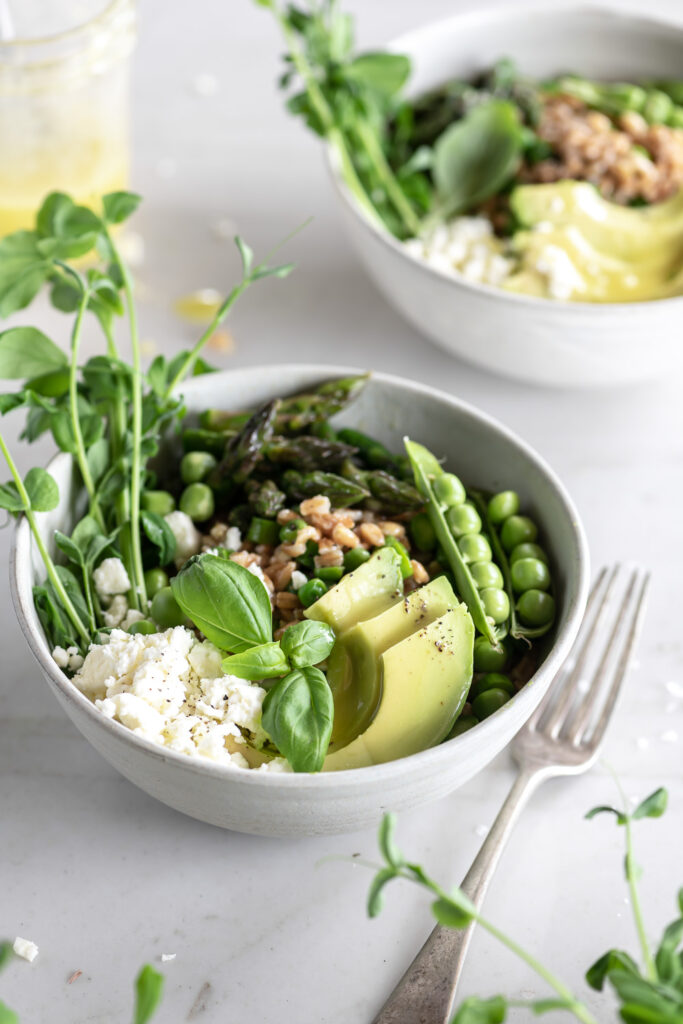farro grain bowl with asparagus and spring peas