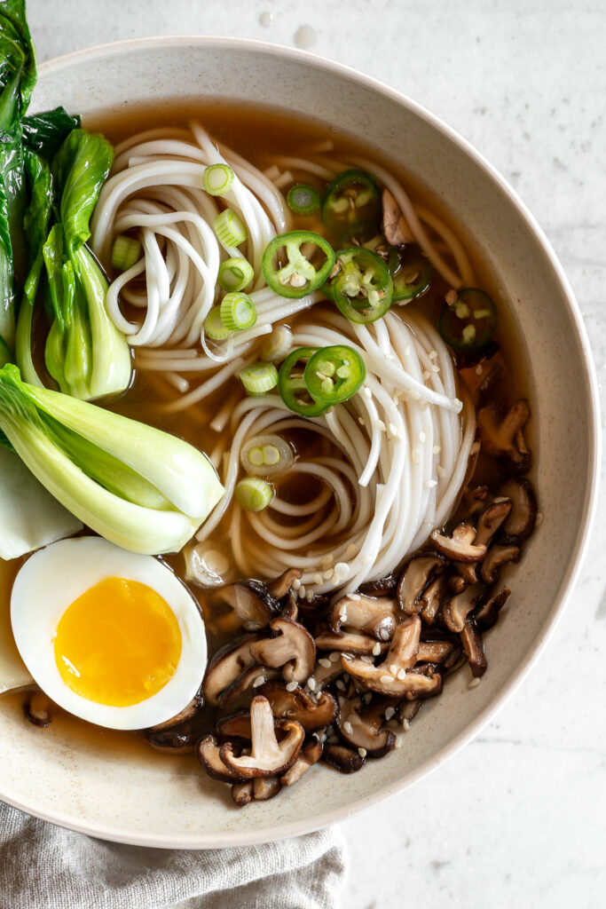 spicy vegetable udon soup