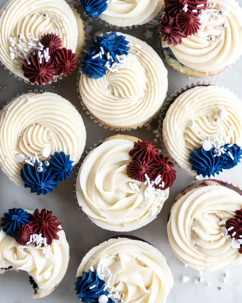 red white and blue cupcakes with vanilla buttercream